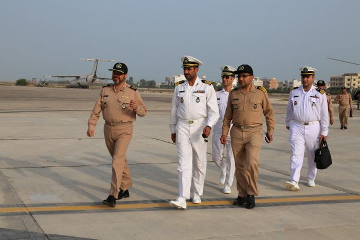 بازدید فرماندهی نیروی دریایی ارتش 4