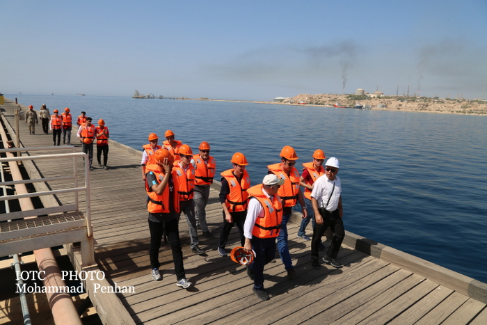 بازدید دانشجویان نفت 17