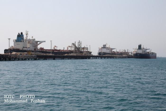 بازدید از پایانه نفتی خارگ 12